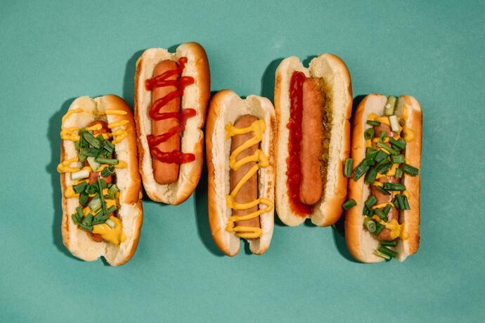 are hot dogs good for dogs